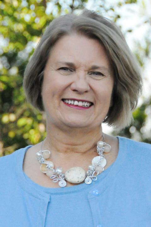 Dr. Anita Yuskausas headshot