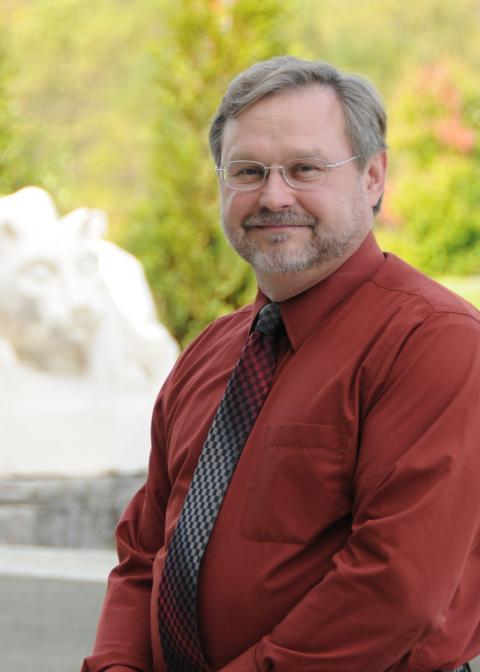 Robert Wolfe headshot