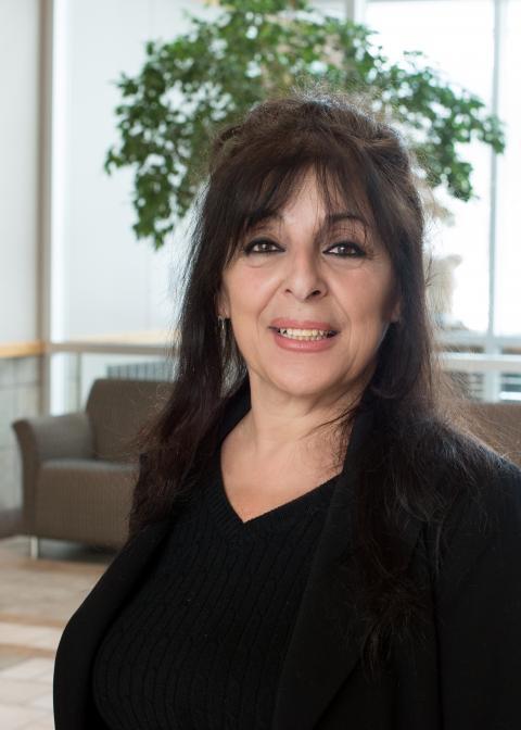 Leila Elias headshot