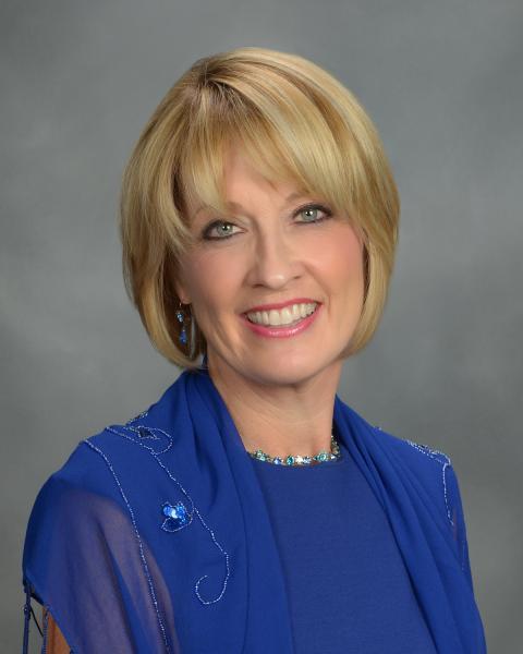 Dr. Jackie McLaughlin headshot